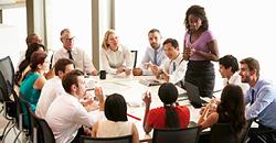 professionnels en réunion